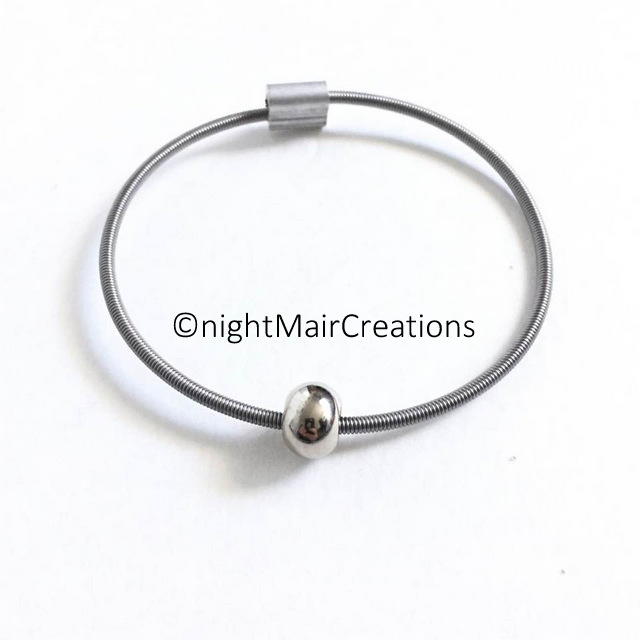 unisex rock recycled bass string bracelet steel feature bead nightmair creations. Black Bedroom Furniture Sets. Home Design Ideas
